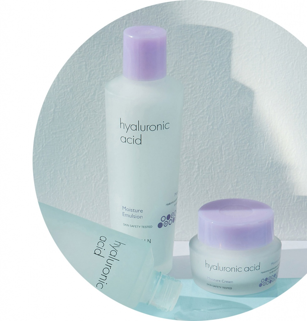 It's-Skin-Hyaluronic-Acid-Moisture-Emulsion-1.jpg